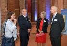 Michael Berkhahn und Heike Bansemer bei der Begrüßung durch die Organisatoren